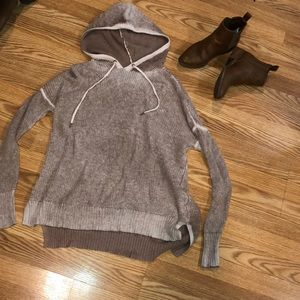 Hooded AE pullover sweater